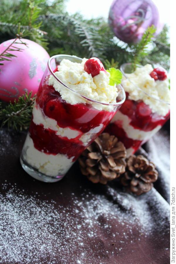 Десерт из вишни