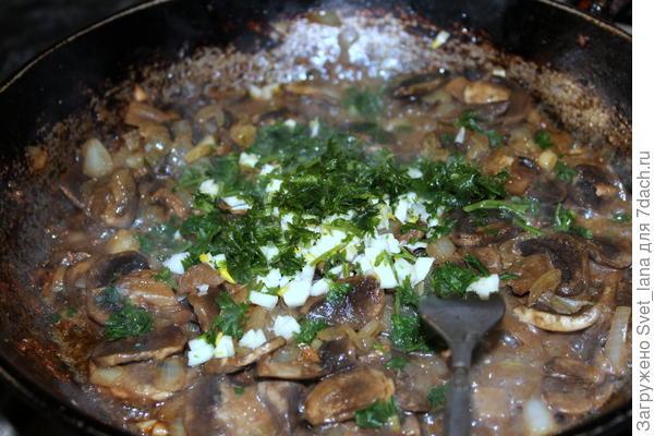 Феттуччине в сливочно-грибном соусе с курицей - пошаговый рецепт приготовления с фото