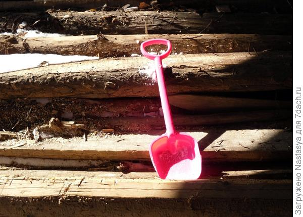 Детская лопата
