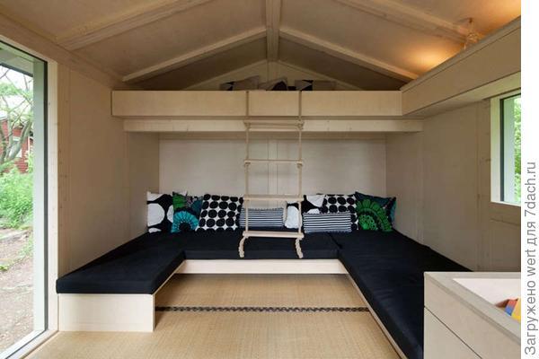 Спальня на пятерых человек. Малогабаритная спальня