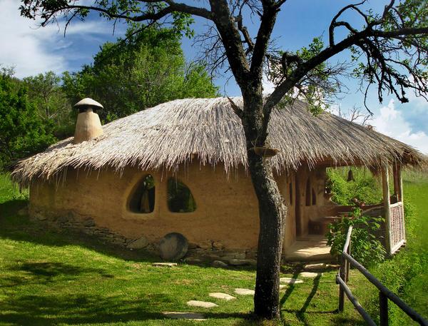 Фундамент для такого дома не нужен, его можно построить прямо на земле