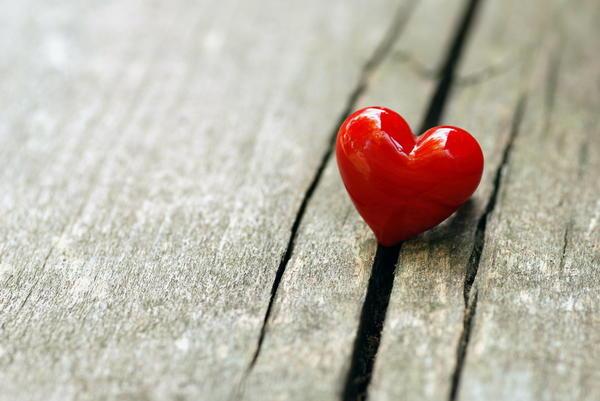 Символы дня: сердце, Чаша Грааля