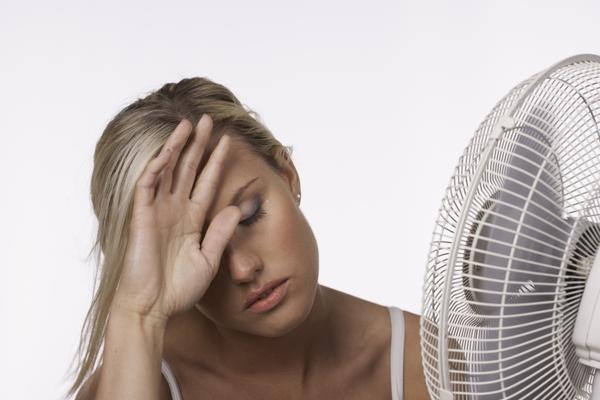 Как вы спасаете от жары свои растения... и себя?