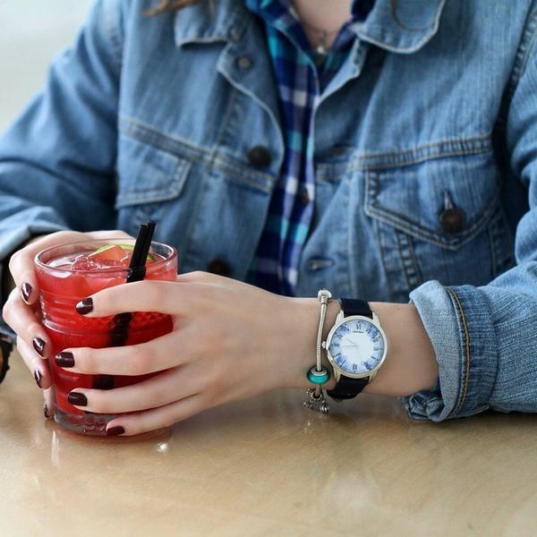 Часы, фото с сайта wlooks.ru