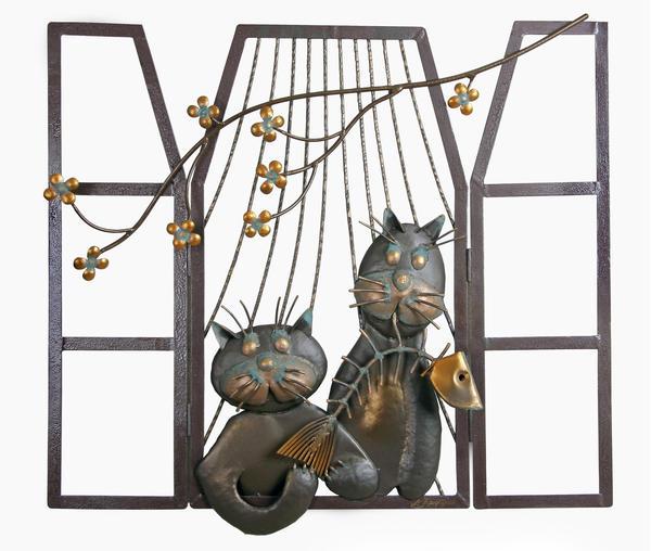 Кошки в окошке. Панно для глухой стены с цветочным балконом