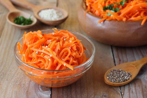Можно заготовить корейскую морковку на зиму