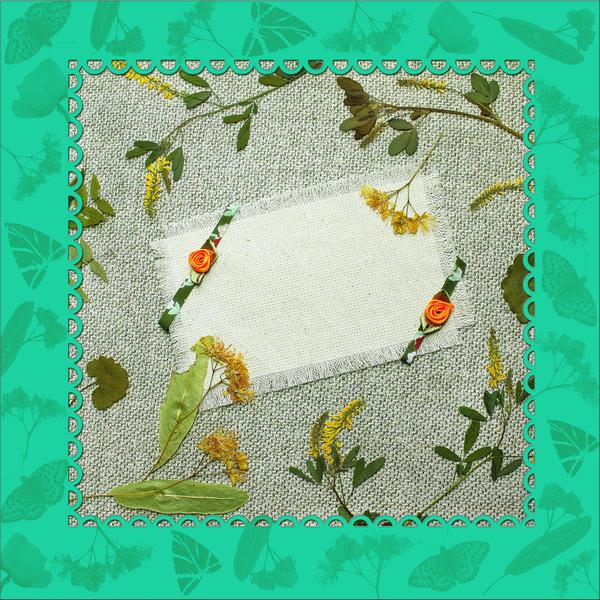 Ребенок может сделать панно или открытку с элементами природных материалов