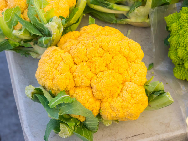 Желтая цветная капуста
