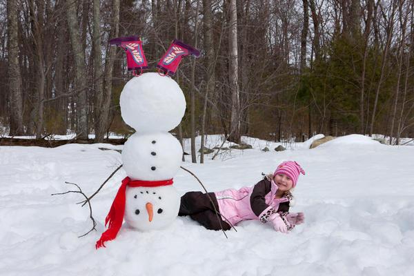 Эту традиционную зимнюю забаву обожают дети