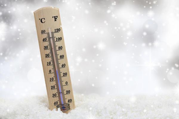 Нужную для закаливания температуру найти можно только в сугробе