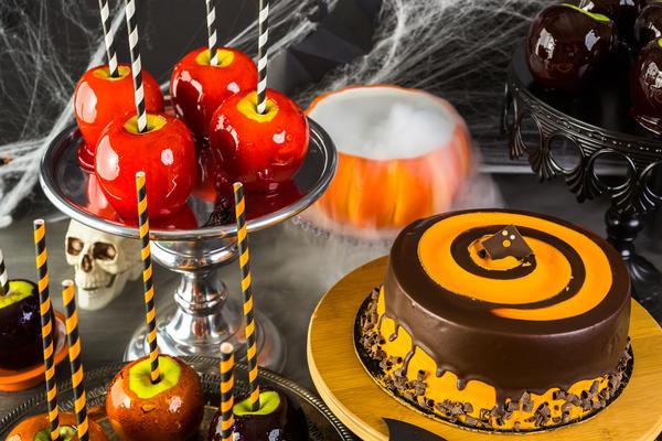 Классика Хэллоуина - яблоки в карамели