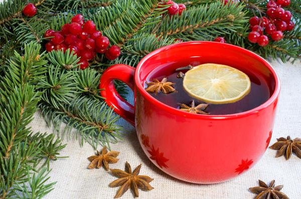 Чай из еловой хвои здорово помогает при гриппе и простуде