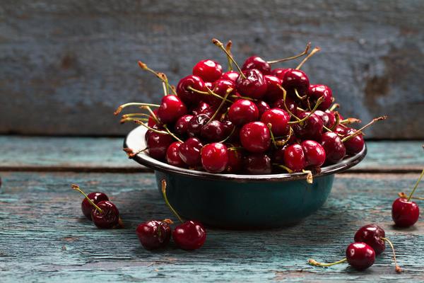 Нерегулярная урожайность характерна для большинства сортов вишни