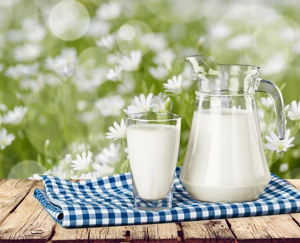 Сода предотвратит скисание молока
