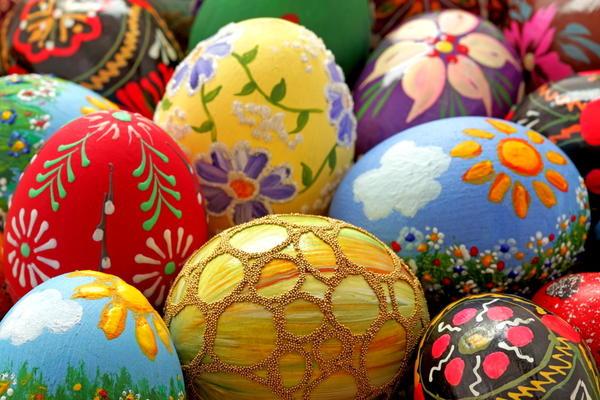 Декорированные искусственные яйца