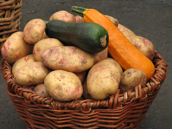Картофель и кабачки - тоже корм для бройлеров