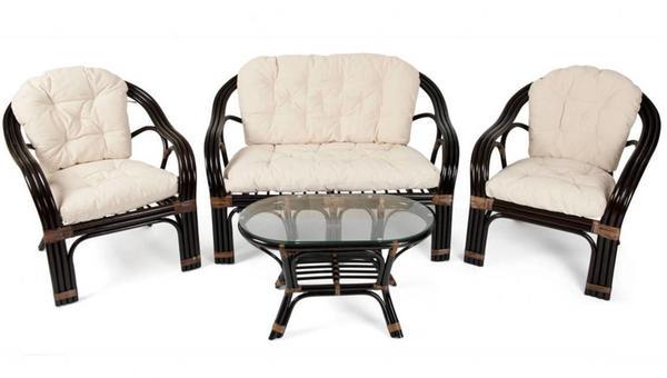 Стеклянный, оловянный, деревянный: какую садовую мебель выбрать?