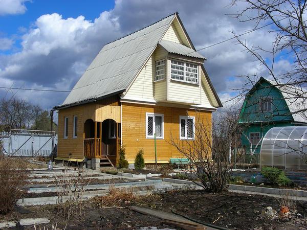 Лучшее время для выбора недвижимости - весна или осень