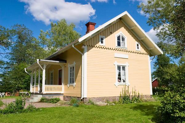 Дом должен быть соответствующим образом сориентирован по сторонам света