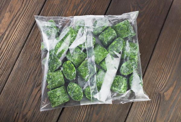 Самый популярный способ заготовки зелени на зиму