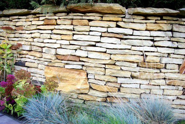 Сегодня использование натурального камня - показатель достатка владельца дома