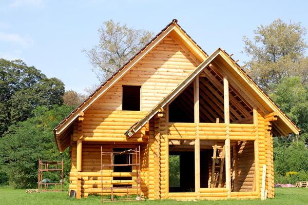 Сооружение бревенчатого дома