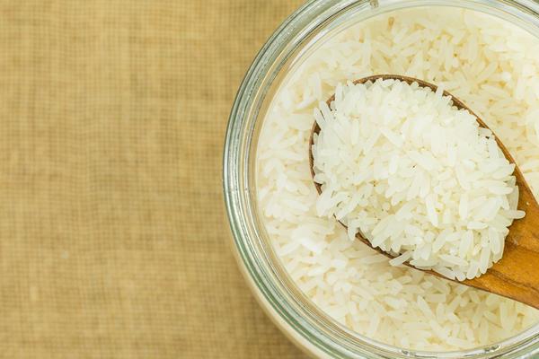 Хорошо помогает белый рис