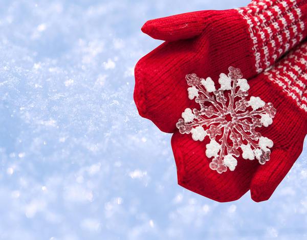 А может быть, снежинка и вправду желания исполняет?