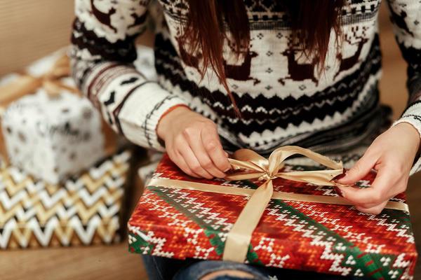 Упаковка для подарка - то же самое, что оправа для драгоценного камня