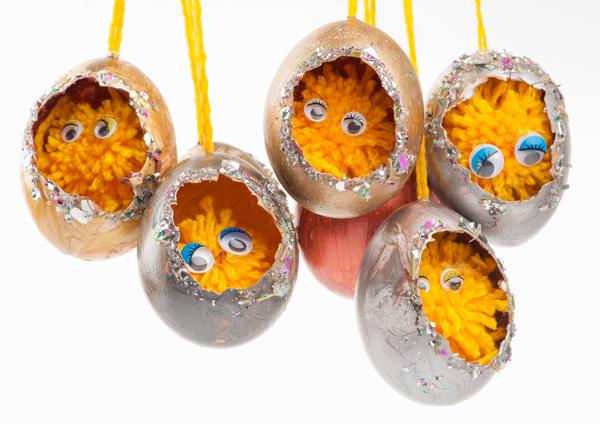 Самодельные игрушки из яиц