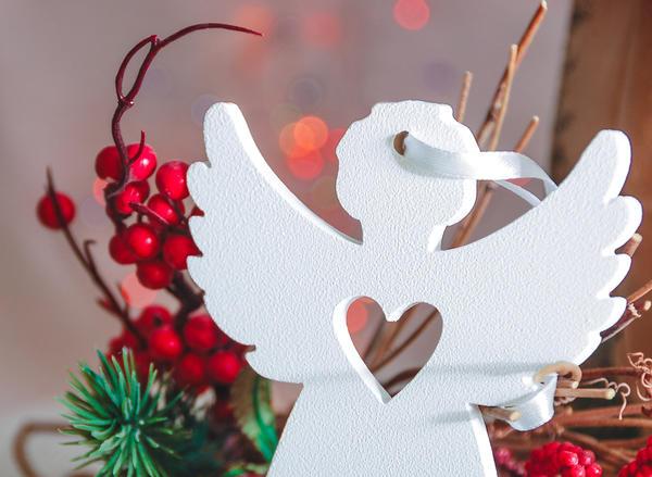 Оригинальный новогодний декор не обязательно сложен в исполнении