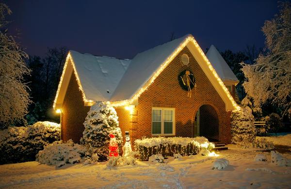 Предлагаем идею - арендовать коттедж для новогоднего отдыха