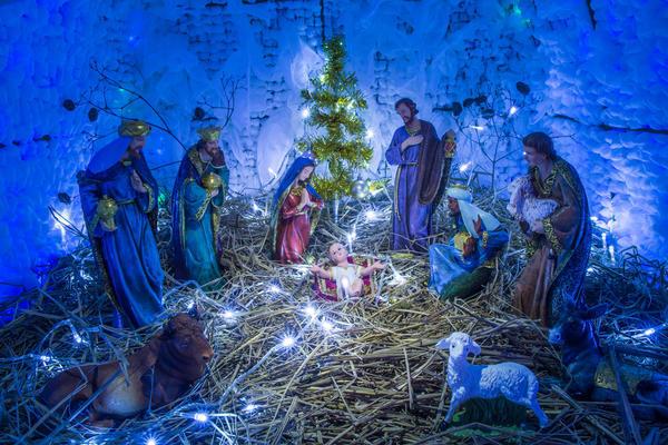В христианской традиции пряничный домик - символический дар младенцу Иисусу
