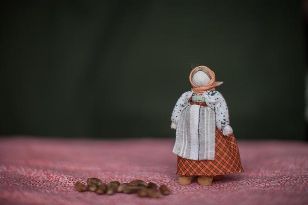 Кукла-крупеничка принесет хороший урожай и достаток