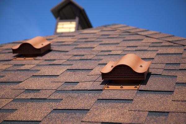 Крышу необходимо оснастить доборными элементами