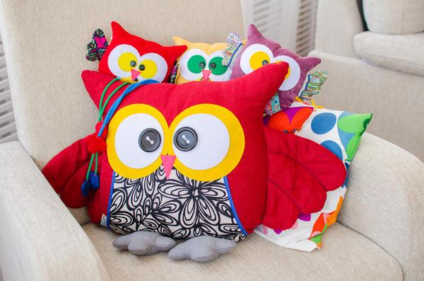 Совы-подушки подарят замечательные сны