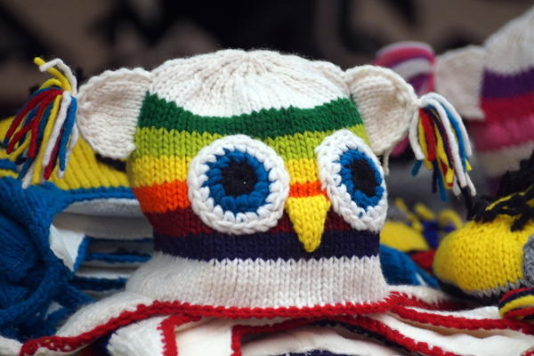 Шапочка-сова - подарок для умников и умниц