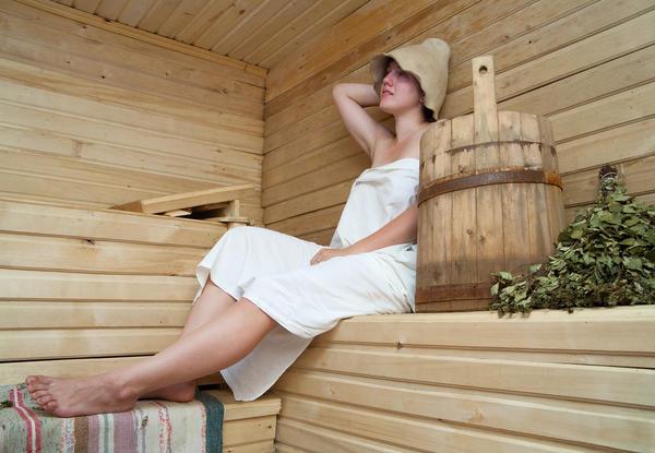 Дрочит публике русская девушка пьяная баню секс поезде