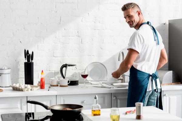 Кто моет посуду горчицей? Поделитесь опытом!