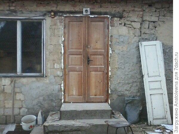 новая дверь