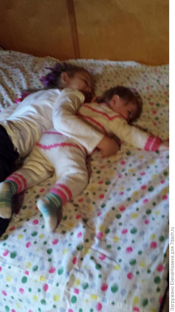 Спят усталые игрушки. ...