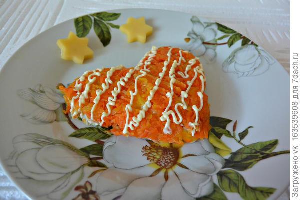 Простой салат для праздничного настроения