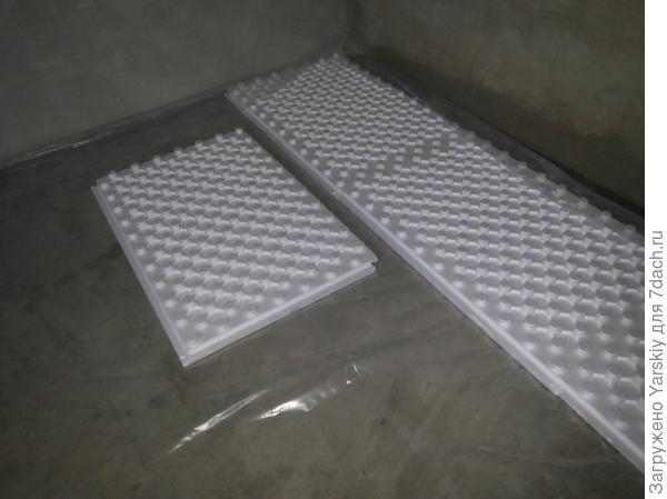 Укладка формованного пенопласта
