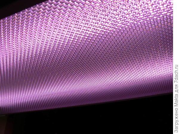 А здесь фото самой лампы в непосредственной близости