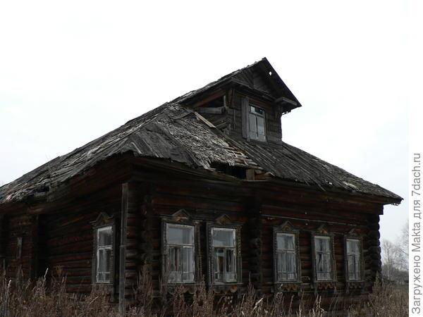 Дом -пятистенок со светелкой
