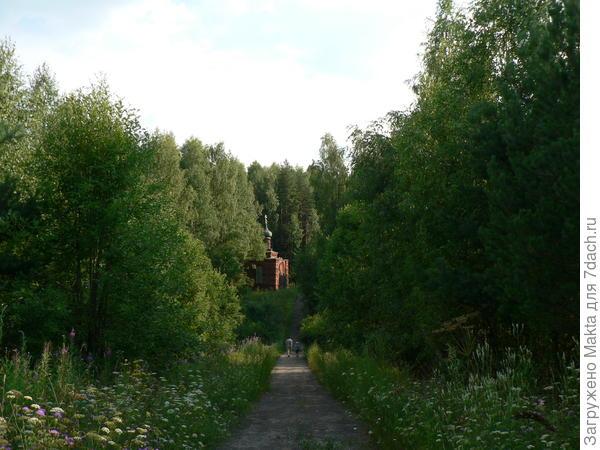 Часовня на месте деревушки с названием Деревеньки