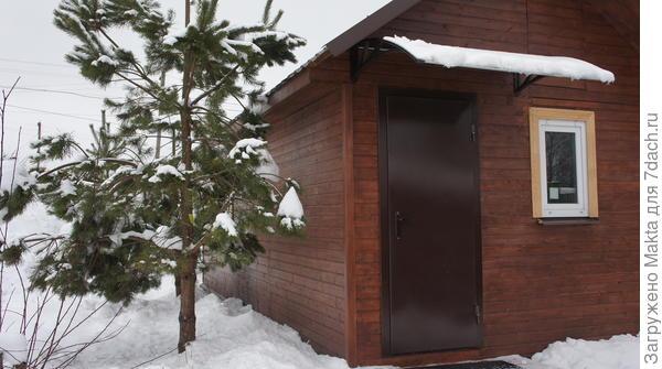 Крылечко нового зимнего домика