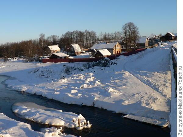 Часть нашей деревни зимой