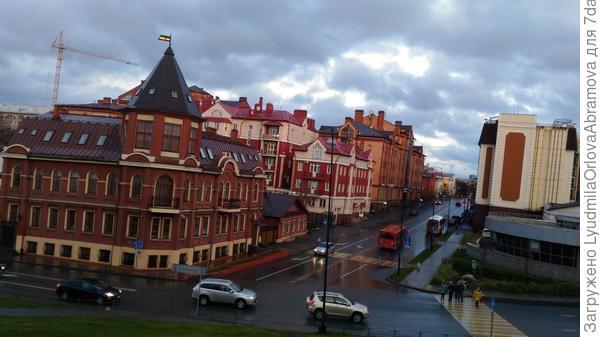 Красива в любую погоду...