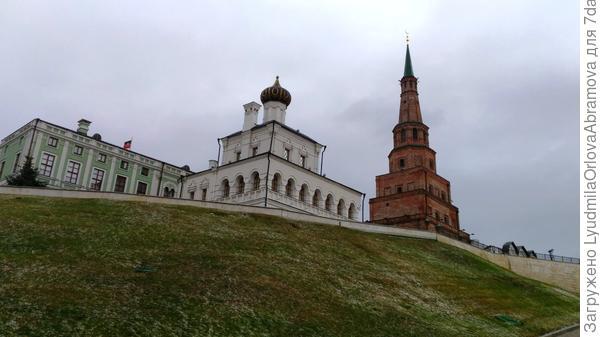 .....собор и башня Сююмбике